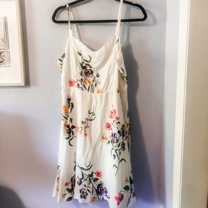 Old Navy White floral sun dress